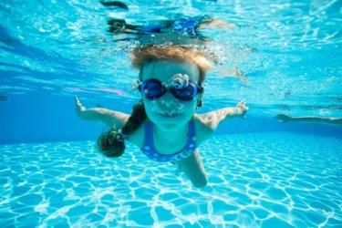10年ぶりにかなづちを克服するために水泳を始めて分かった自己投資の重要性【起業して月収100万超える方法】